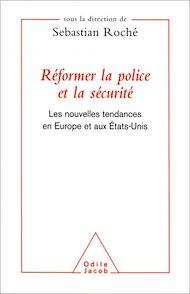 Téléchargez le livre :  Réformer la police et la sécurité