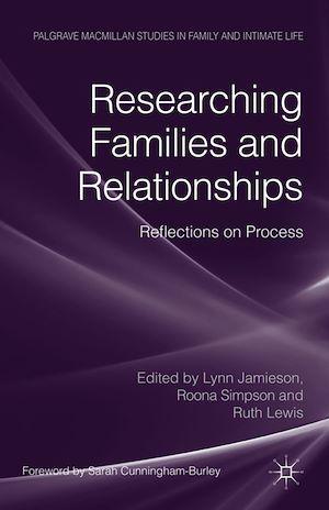 Téléchargez le livre :  Researching Families and Relationships
