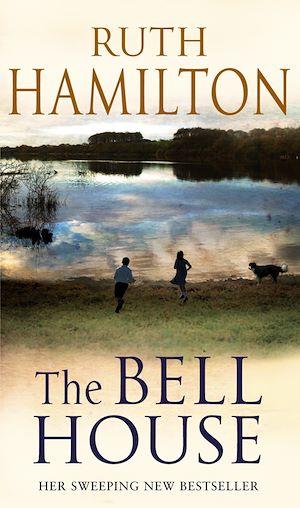 Téléchargez le livre :  The Bell House