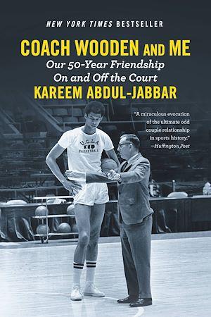 Téléchargez le livre :  Coach Wooden and Me