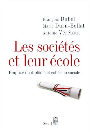 Téléchargez le livre :  Les Sociétés et leur école. Emprise du diplôme et cohésion sociale